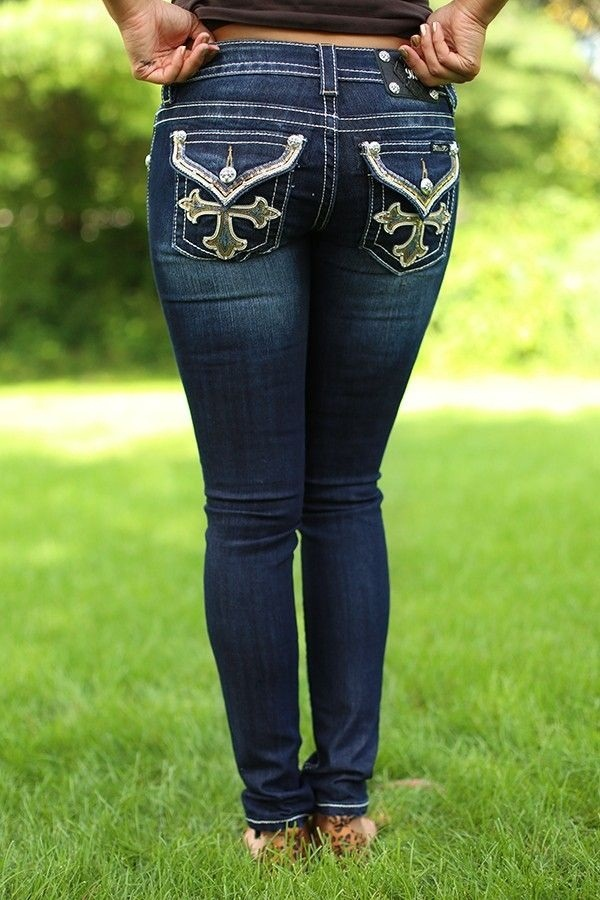 What Shoes To Wear With Rock Revival Jeans