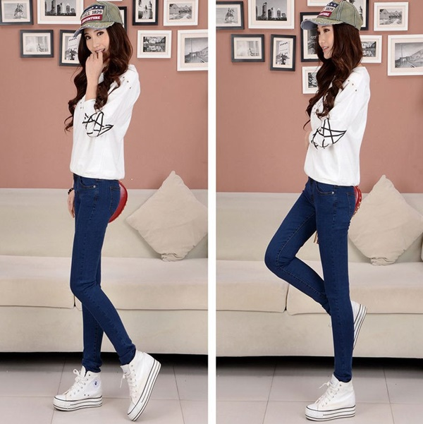 girls in skinny pants (150)