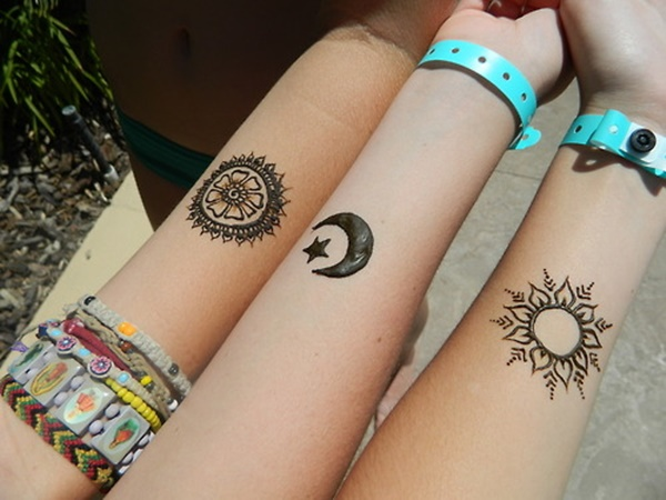 Mehndi Tattoo Cuff : Wrist henna tattoos designs ideas and meaning for you