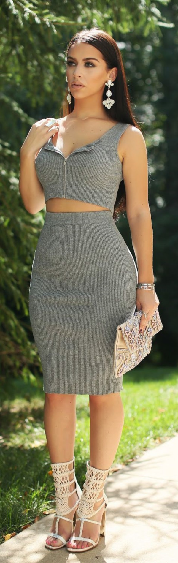 grey skirt outfit (46)