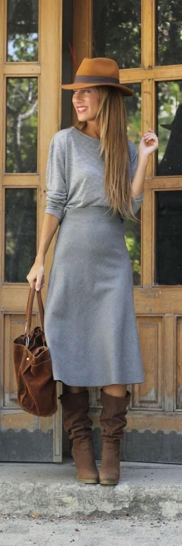 grey skirt outfit (70)