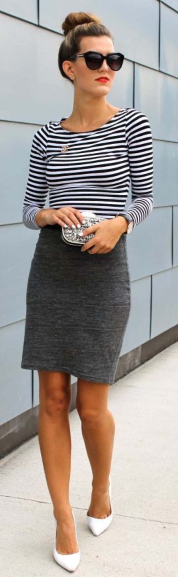 grey skirt outfit (80)