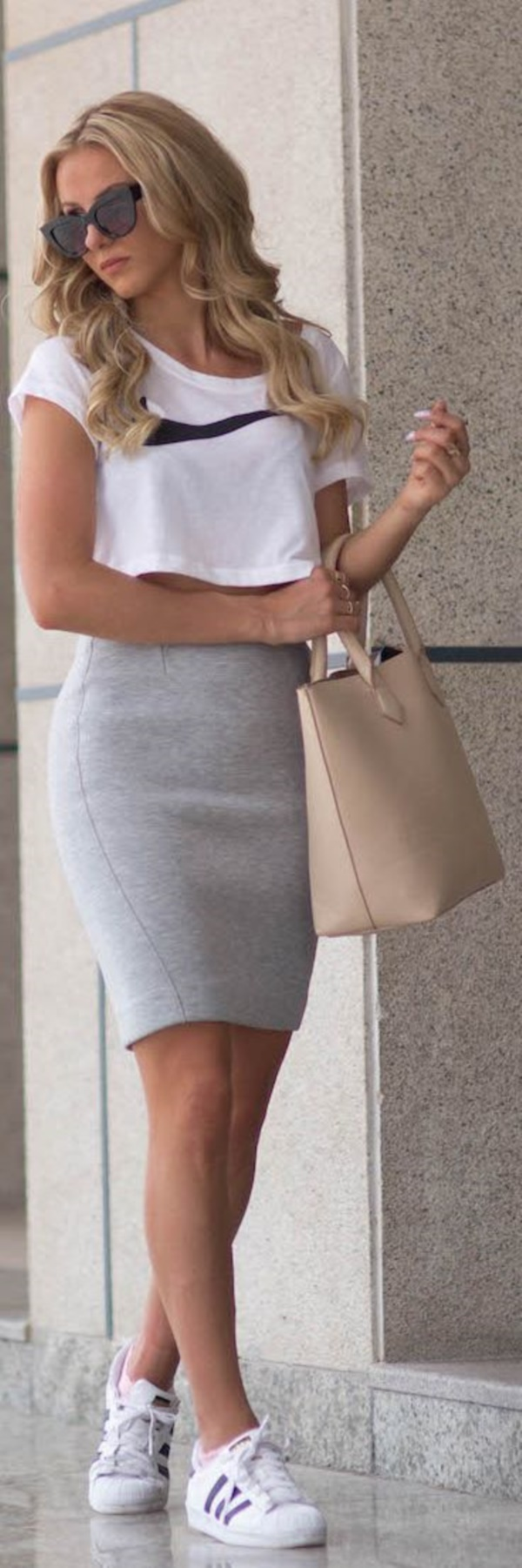grey skirt outfit (9)