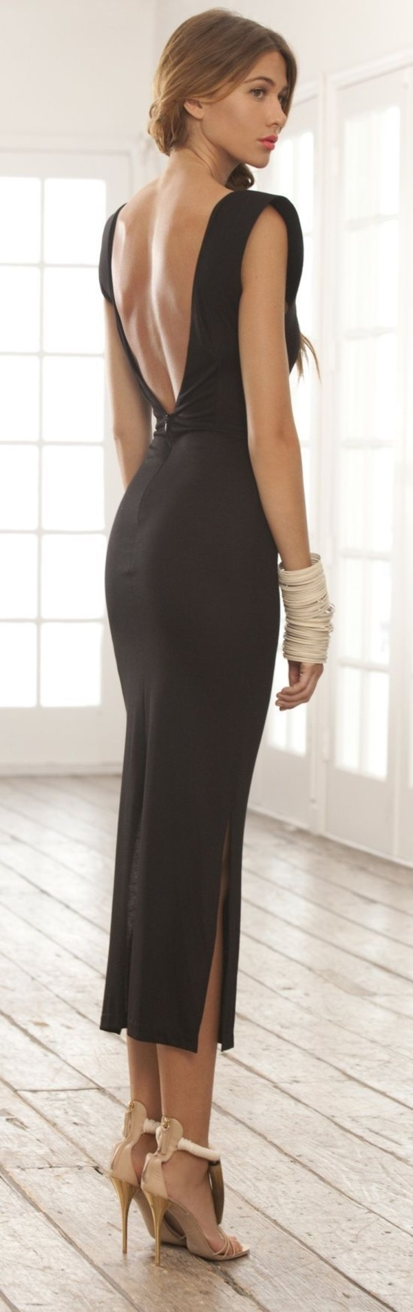 75 sexy backless dresses for evening parties. Black Bedroom Furniture Sets. Home Design Ideas