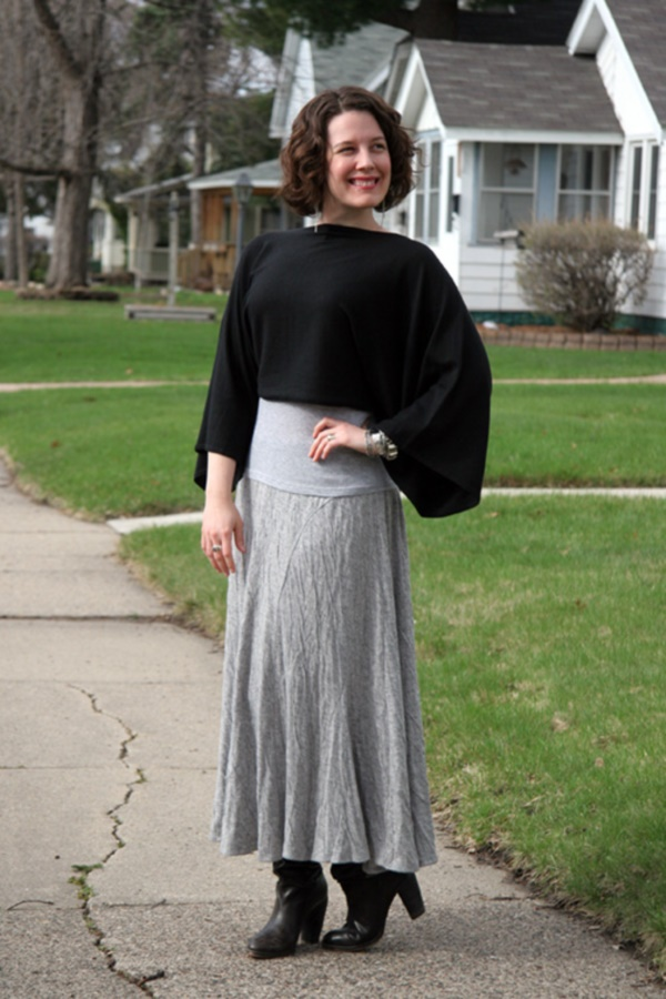 grey skirt outfit (55)