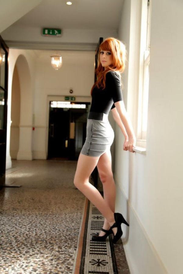 grey skirt outfit (75)