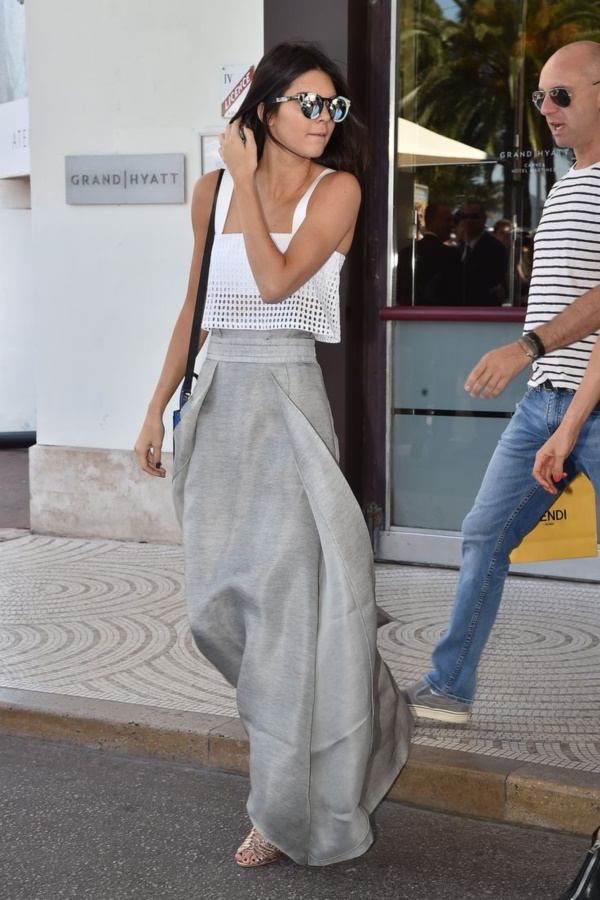 grey skirt outfit (82)