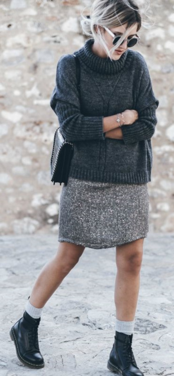 grey skirt outfit (84)