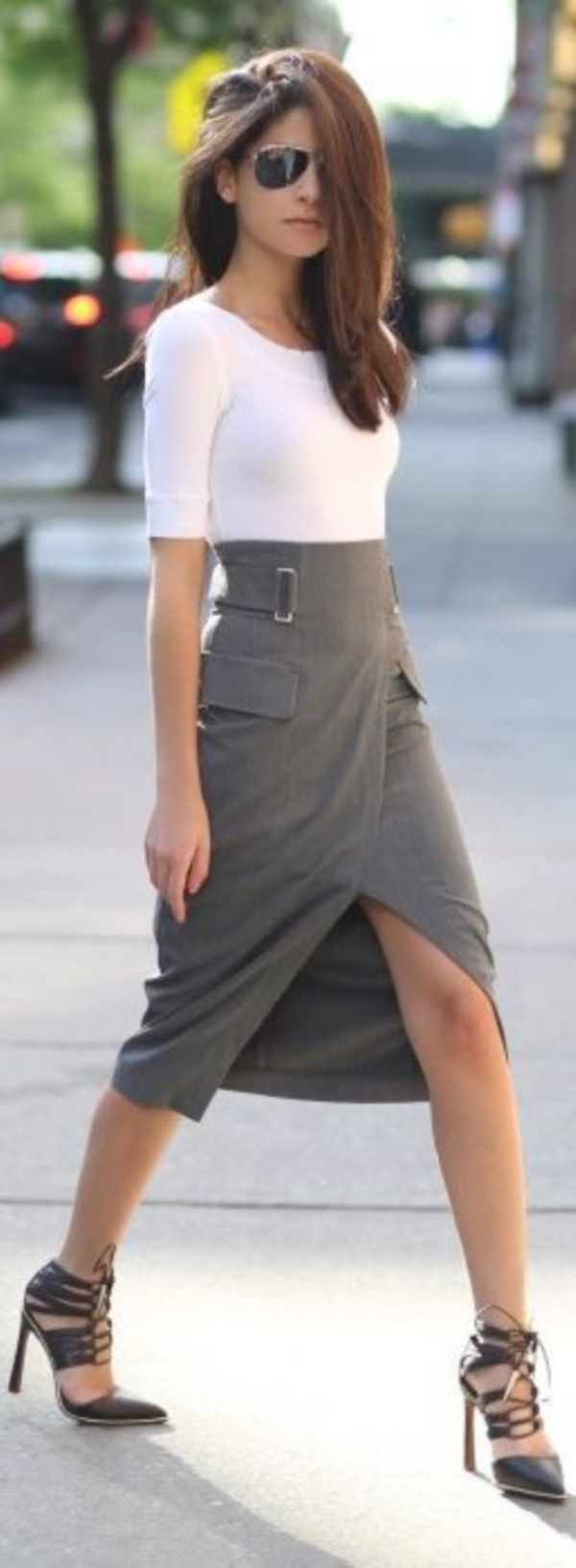 grey skirt outfit (87)