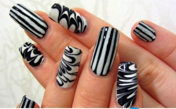 black nail arts (13)