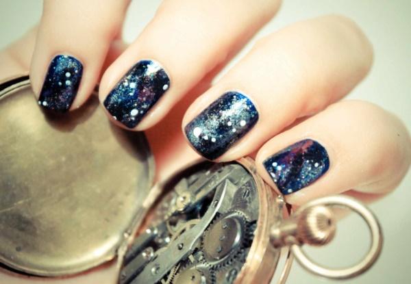 black nail arts (25)