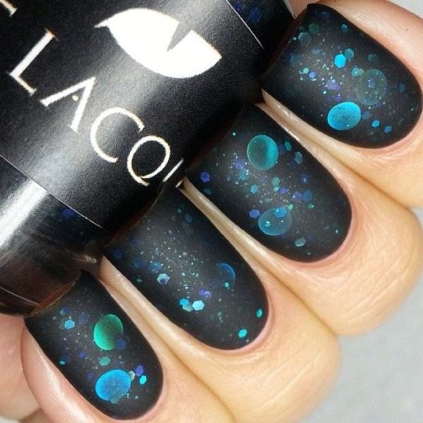 black nail arts (27)