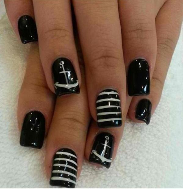 black nail arts (28)