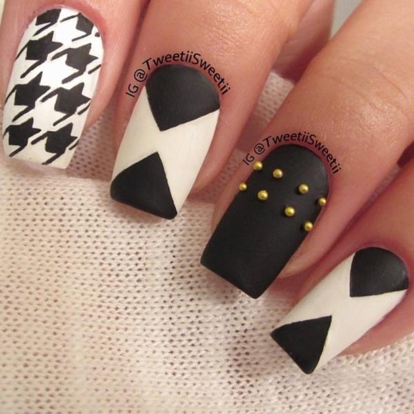 black nail arts (34)