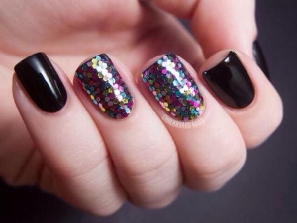 black nail arts (37)