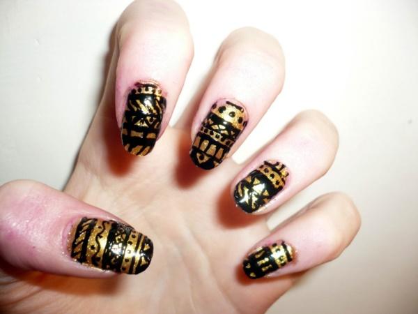 black nail arts (52)