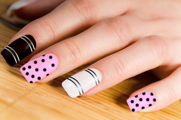 black nail arts (62)