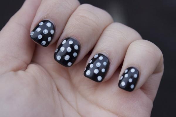 black nail arts (63)