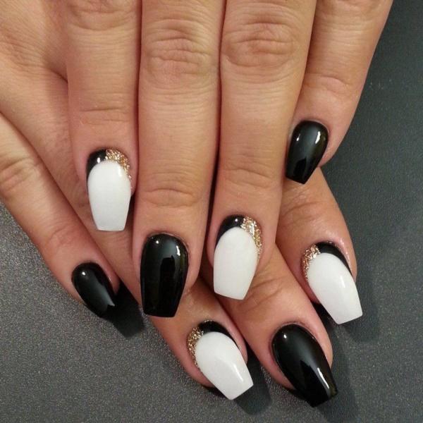 black nail arts (66)