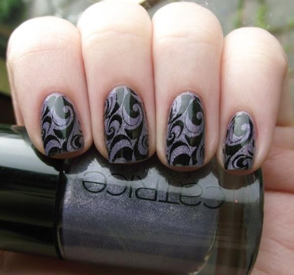black nail arts (68)