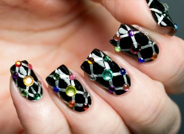 black nail arts (71)