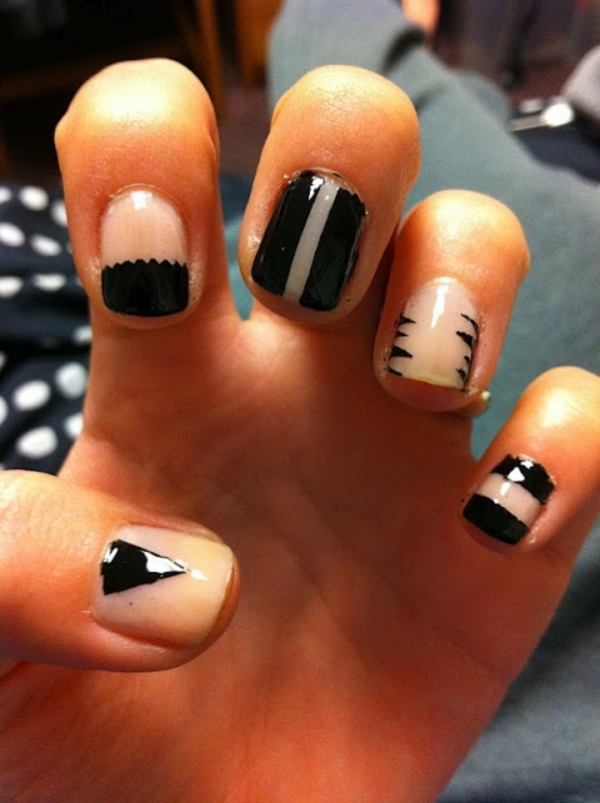 black nail arts (79)