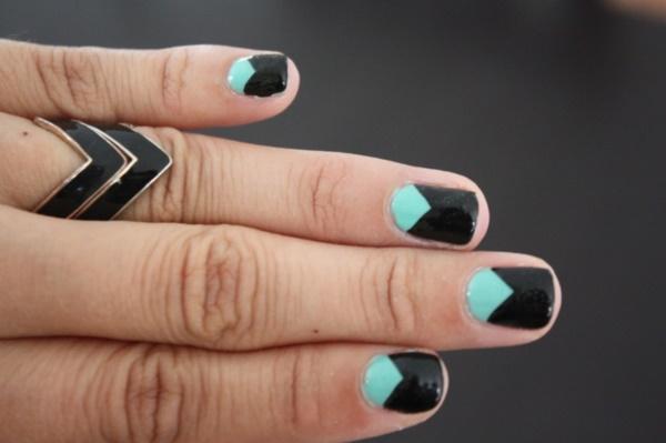 black nail arts (93)