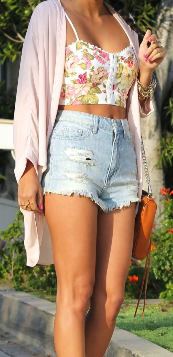 high waisted shorts and jeans outfits (57)