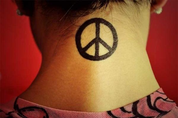neck tattoo designs (38)