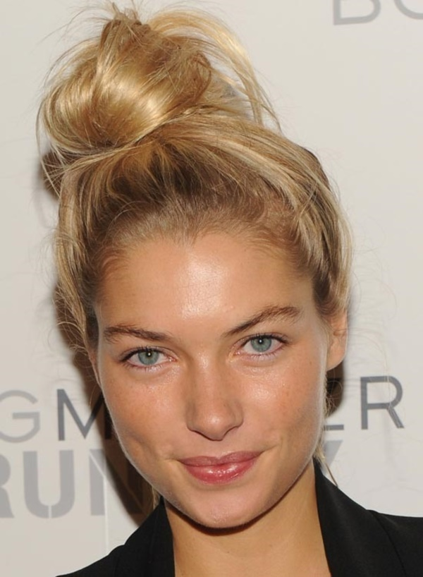 top knot bun Hairstyles (19)