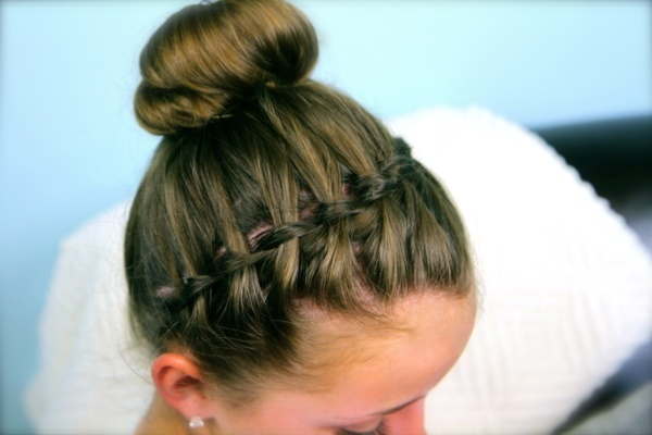 top knot bun Hairstyles (24)
