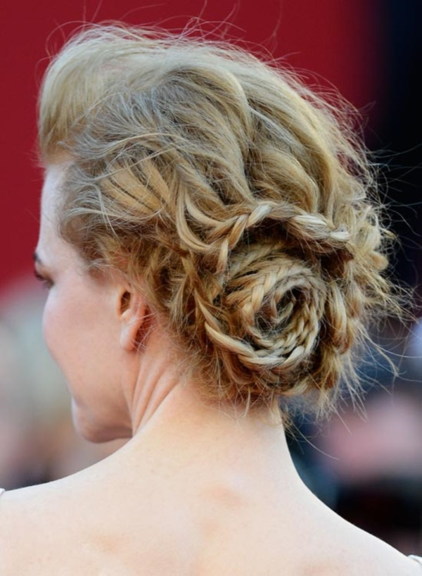 top knot bun Hairstyles (26)