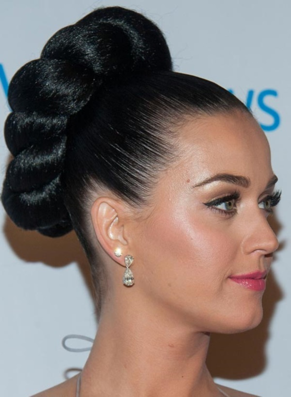 top knot bun Hairstyles (29)