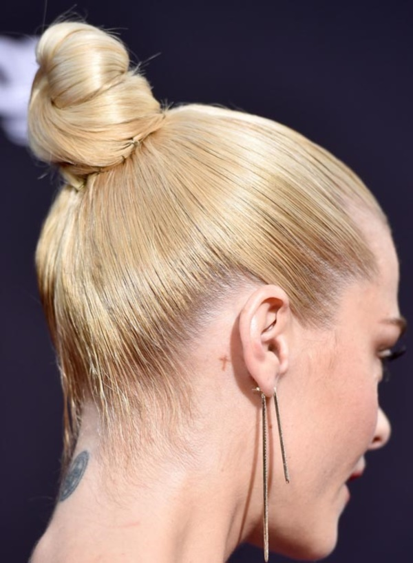 top knot bun Hairstyles (9)
